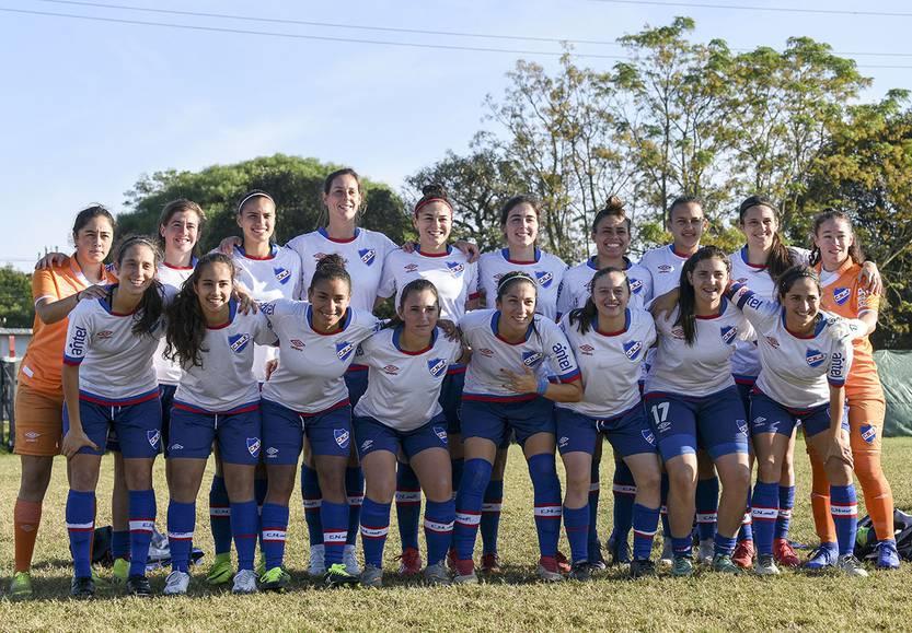 Jugadoras de Nacional reivindicaron sus derechos dentro del fútbol femenino