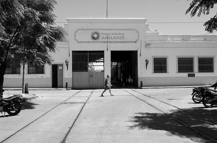Parque Industrial de Juan Lacaze, ex Campomar. Actualmente alberga a ocho empresas.