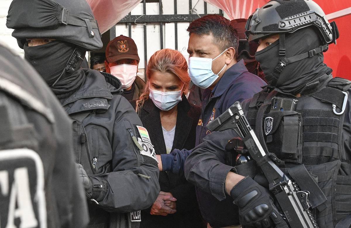 Bolivia: Jeanine Áñez pidió una audiencia con Bachelet buscando su  liberación | la diaria | Uruguay