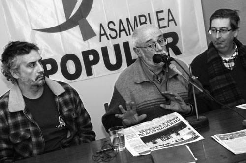 Daniel Rocca, Gonzalo Abella y Eduardo Rubio, ayer, en la sede central de la Asamblea Popular.