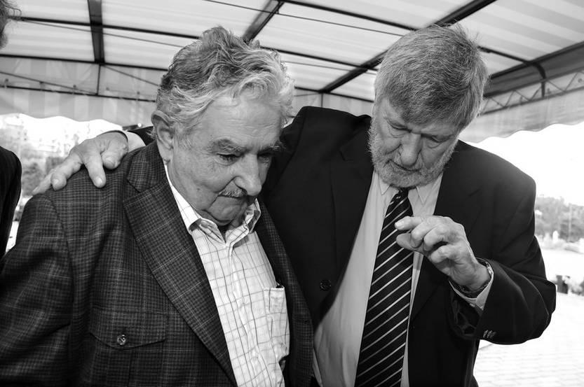 José Mujica y Julio Baráibar. (archivo, diciembre de 2009)