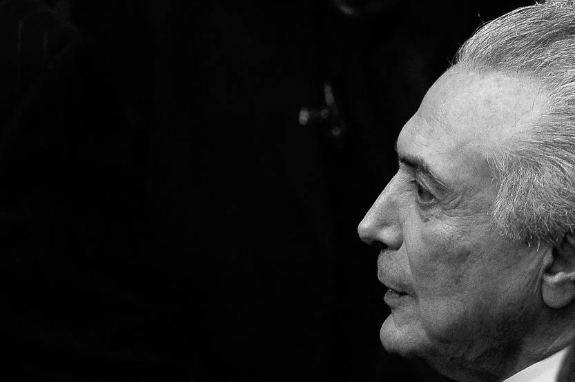 Michel Temer asume la presidencia de Brasil, ayer, en el Senado, en Brasilia. Foto: Andressa Anholete, Afp