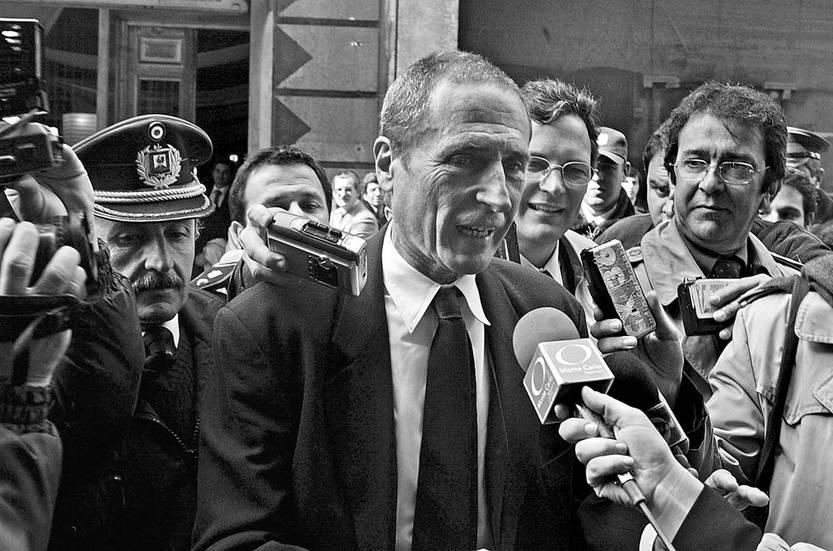 Juan Carlos Blanco, ex ministro de Relaciones Exteriores, el 2 de setiembre de 2004, en Montevideo. Foto: Miguel Rojo, AFP