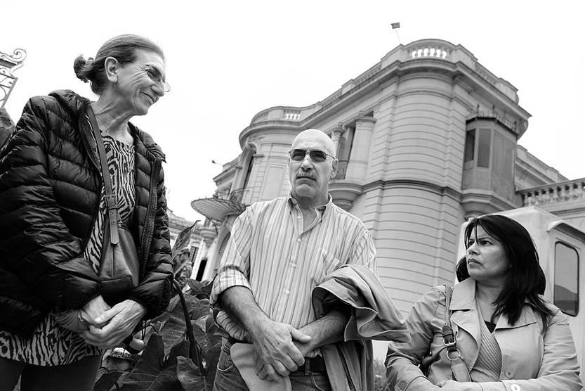 Elena Zaffaroni, Nilo Patiño y Matilde Severo, ayer, en el Ministerio de Defensa Nacional. Foto: Santiago Mazzarovich
