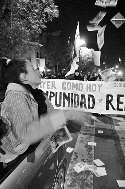 Marcha del Filtro, el sábado por Bulevar Artigas. / Foto: Javier Calvelo