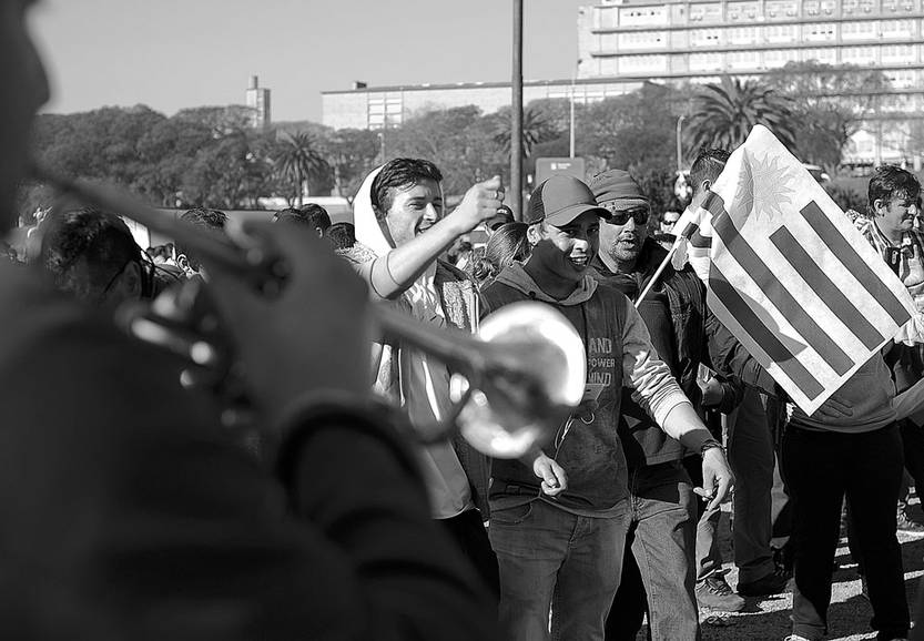 Movilización y asamblea del Sindicato Único Nacional de la Construcción y Anexis en el Teatro de Verano. Foto: Pablo Vignali (archivo, setiembre de 2016)