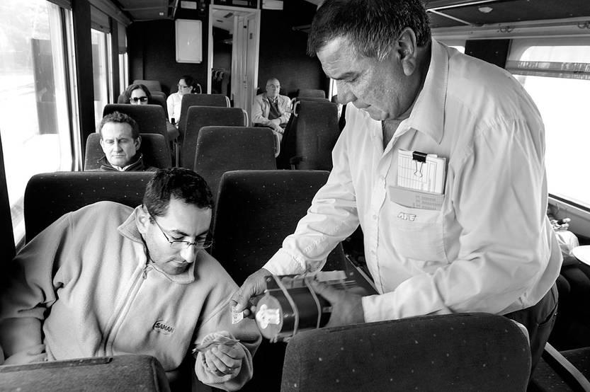Servicio de pasajeros de la Administración de Ferrocarriles del Estado. Foto: Sandro Pereyra (archivo, abril de 2014)