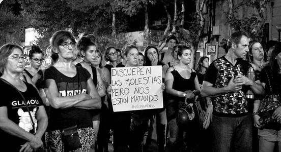 Acto en la plaza 25 de Agosto, de Colonia, ayer, al final de la marcha. Foto: Laura Rey Gonnet