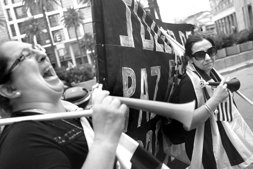 Movilización de funcionarios judiciales, ayer, en la Plaza Independencia. Foto: Pablo Vignali